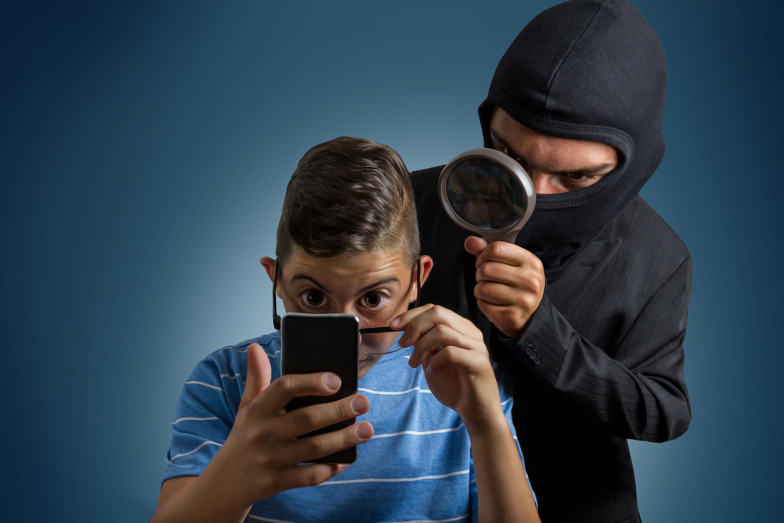 Стоит ли использовать бесплатный виртуальный номер для приема sms?